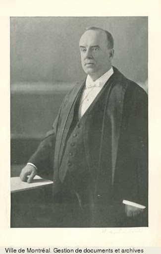 Sir Horace Archambeault, juge en chef de la Cour du Banc du Roi