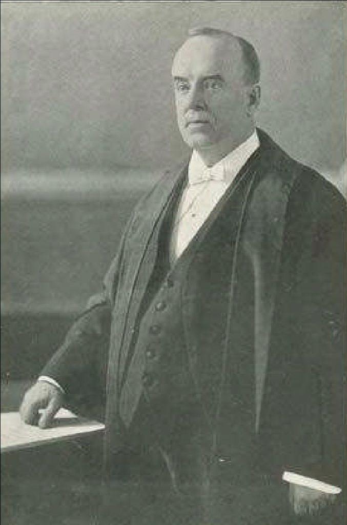 Le juge Sir Horace Archambault